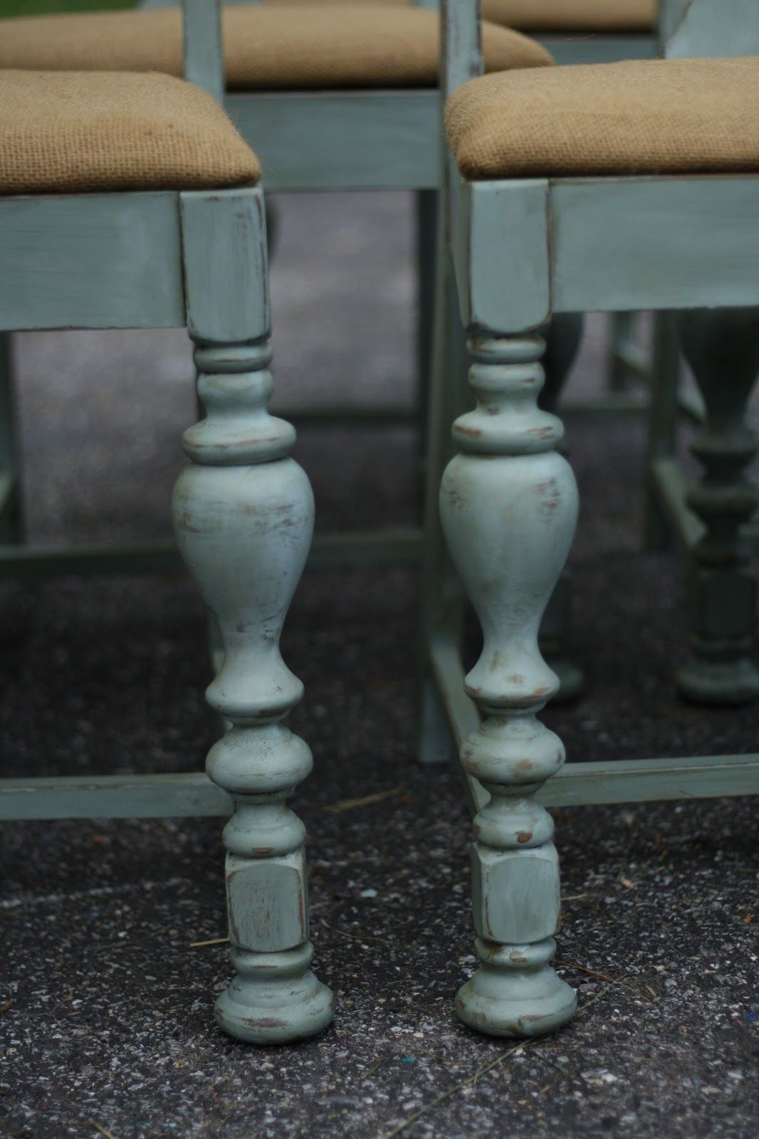 It's Wednesday, which means my child-free and carefree days are coming quickly to a halt for summer! I have been trying to cram in as much work as I can this week.  A couple weeks back I shared with you this antique dining table with a base painted in Annie Sloan Duck Egg. The friend... Read More »