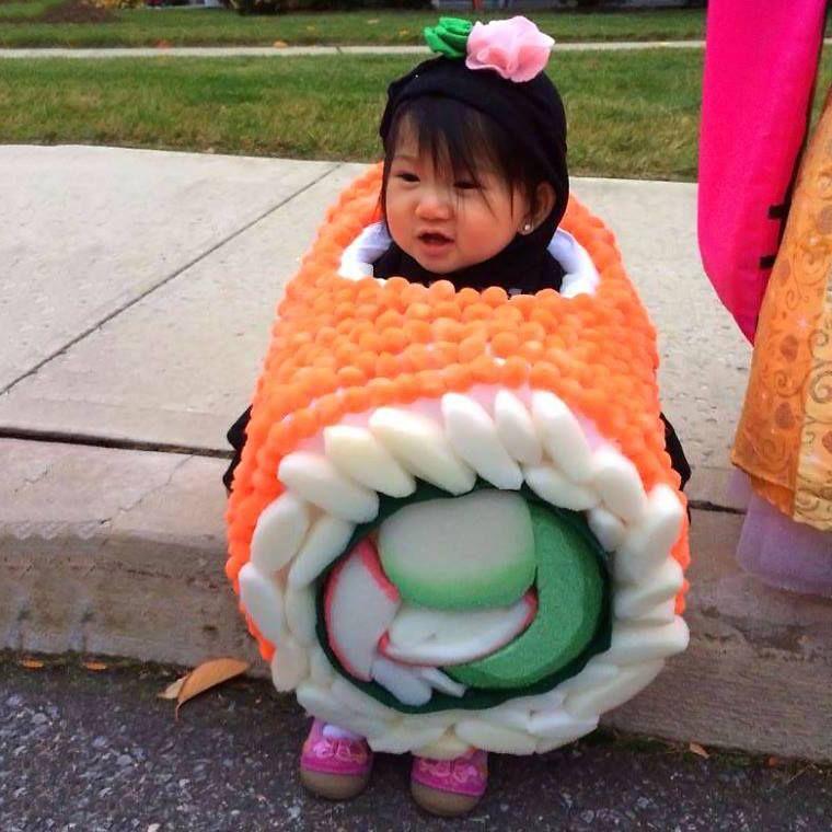 Foam sushi roll
