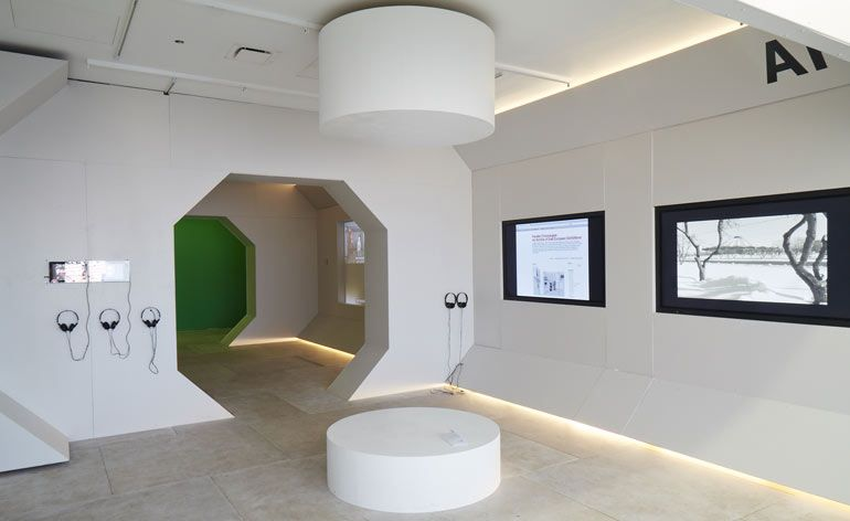 New Museum In New York Unveils A Simulated Spaceship Interior To Showcase Over 100 Pieces Of Eastern European Ar Spaceship Interior New York Museums New Museum