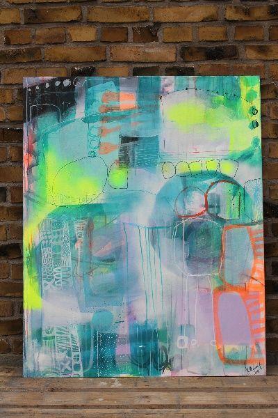 Se det store udvalg af abstrakte, moderne malerier. Bl.a. et lyst maleri til salg lige her. Farverige malerier til salg online.