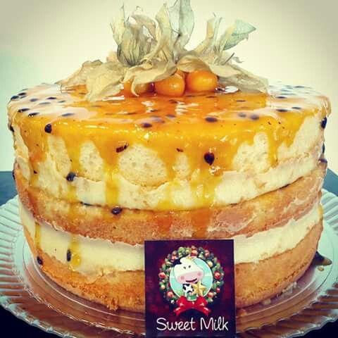 Maracujá naked cake