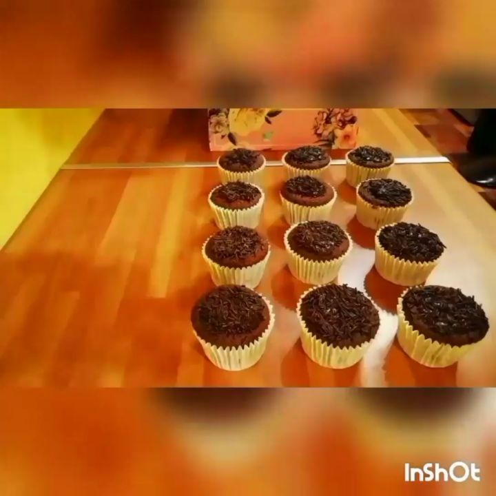 Heres a video of me decorating these sunflower cupcakes! Enjoy  . #cakevideo #cupcakevideo #video #birmingham #birmingh... #sunflowercupcakes Heres a video of me decorating these sunflower cupcakes! Enjoy  . #cakevideo #cupcakevideo #video #birmingham #birmingh... #sunflowercupcakes Heres a video of me decorating these sunflower cupcakes! Enjoy  . #cakevideo #cupcakevideo #video #birmingham #birmingh... #sunflowercupcakes Heres a video of me decorating these sunflower cupcakes! Enjoy  . #cakevid #sunflowercupcakes