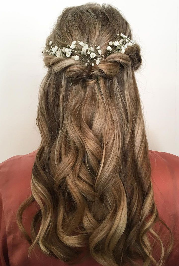 Pretty Half Up Half Down Hair Style Idea Using Flowers As Hair