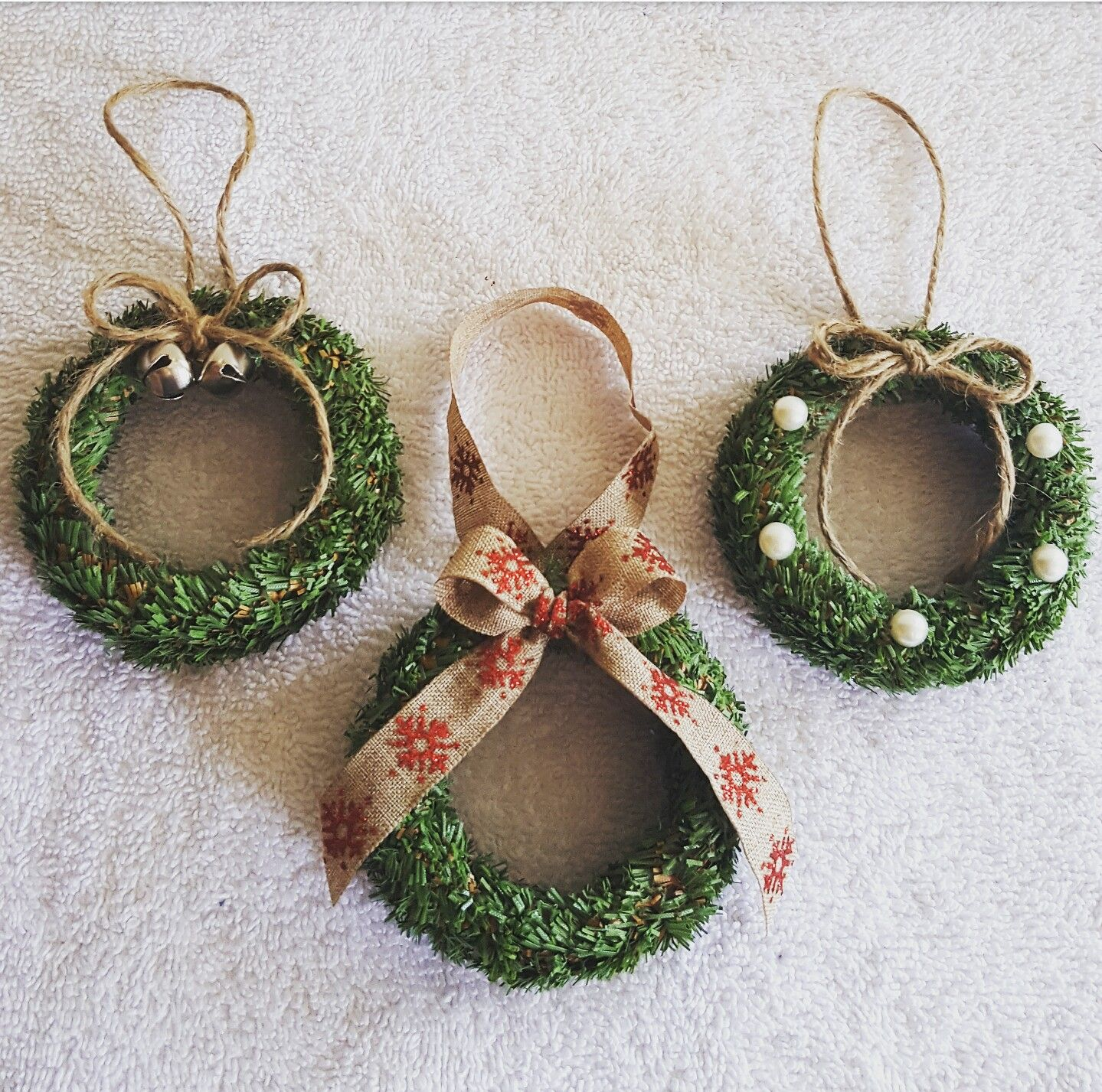 Mason Jar Lid Wreath Ornaments Jar Lid Crafts Diy Christmas Ornaments Christmas Crafts