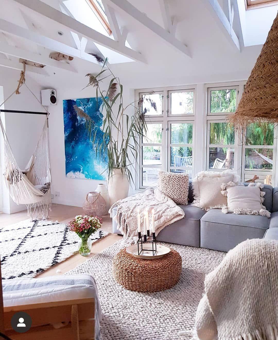 When Coastal Living Meets Scandi Boho Chic In 2020 Beach Decor Living Room Living Room Scandinavian Beach House Living Room