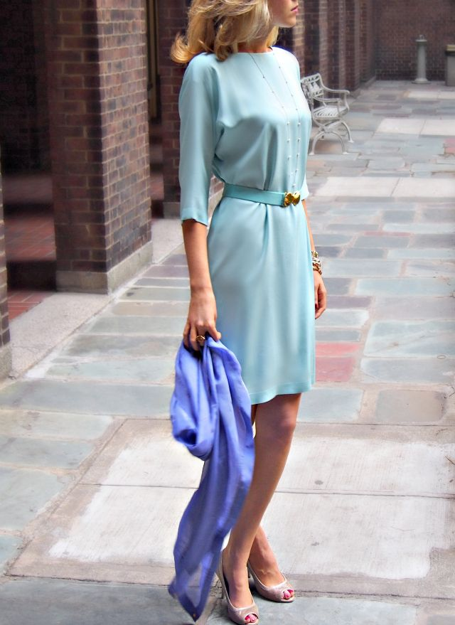 The Classy Cubicle Aqua The Fashion Blog For Young