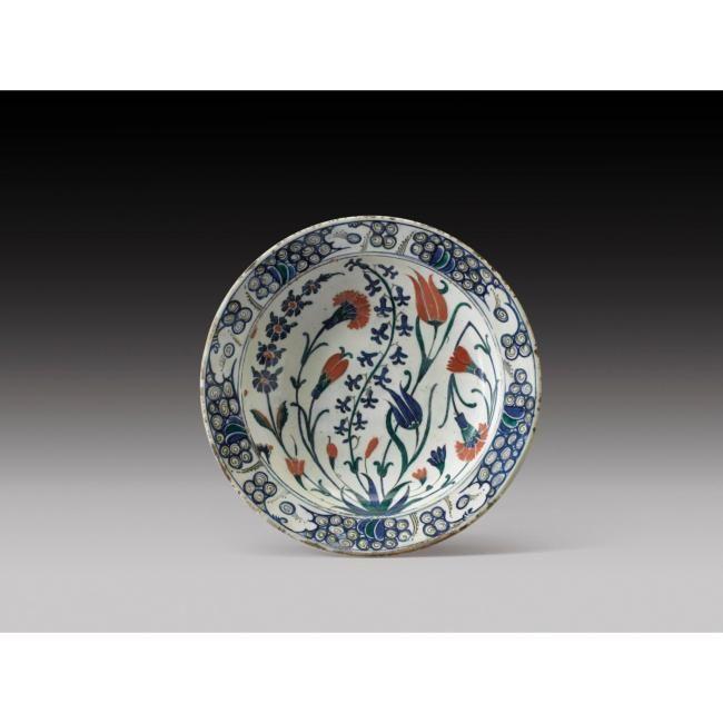 Sahan, Tabak et pichet en céramique d'Iznik, Turquie ottomane, vers 1600 - Alain.R.Truong