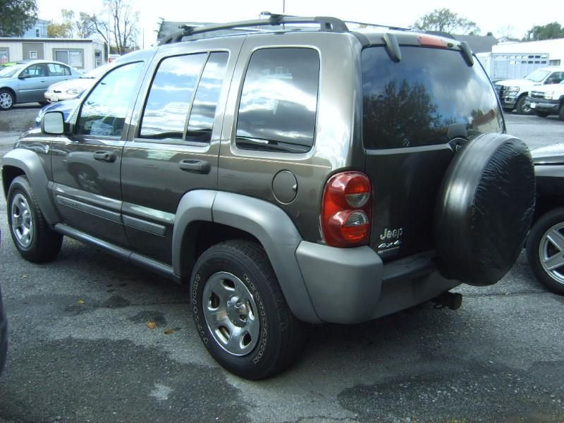 2005 Jeep Liberty Sport 4WD Jeep liberty sport, 2005