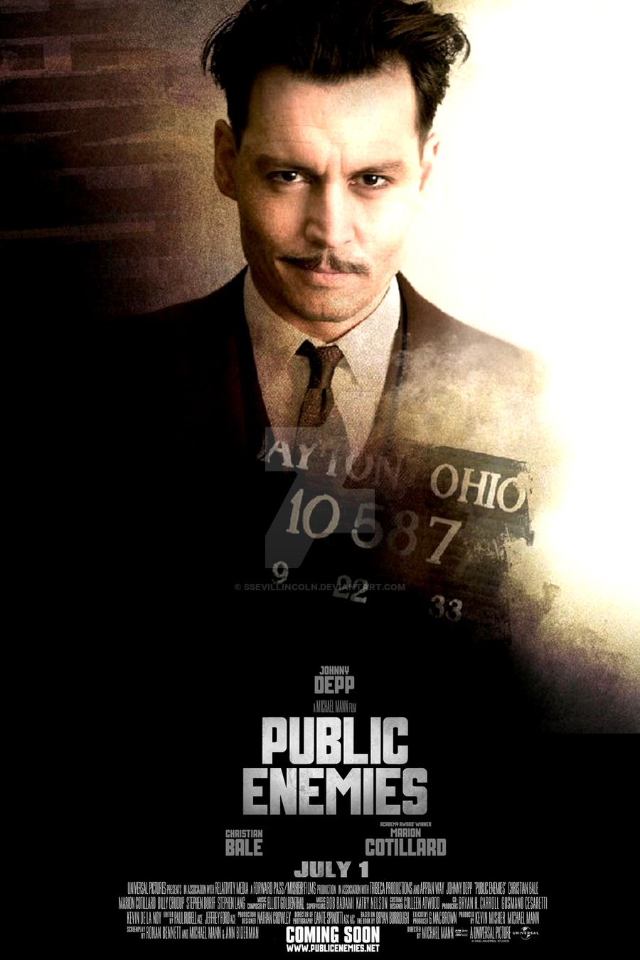 Public Enemies 2009 The Feds Try To Take Down Notorious American Gangsters John Dillinger Baby Face Nelson A The Hollywood Vampires Johnny Depp Public Enemy