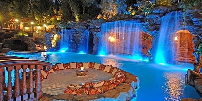 Large Waterfall With Luxury Swimming Pool Swimmingpool Pool Waterfall Luxury Swimming Pools Insane Pools Cool Pools