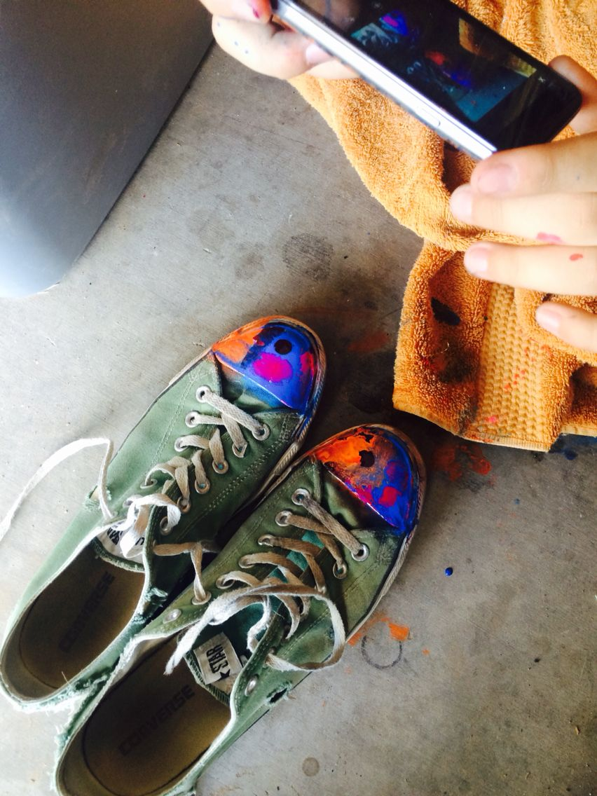 They painted my shoes✌️