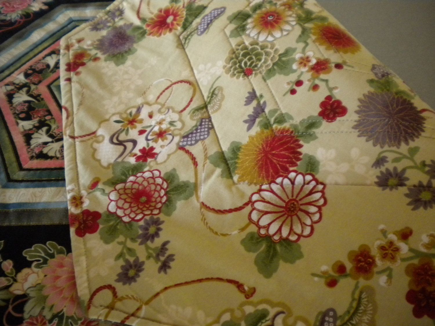 Quilted Table Runner, Asian Quilt, Floral Fabric, Floral Quilted Table  Topper, Asian Table Runner, Oriental Quilt Fabric, Asian Home Decor