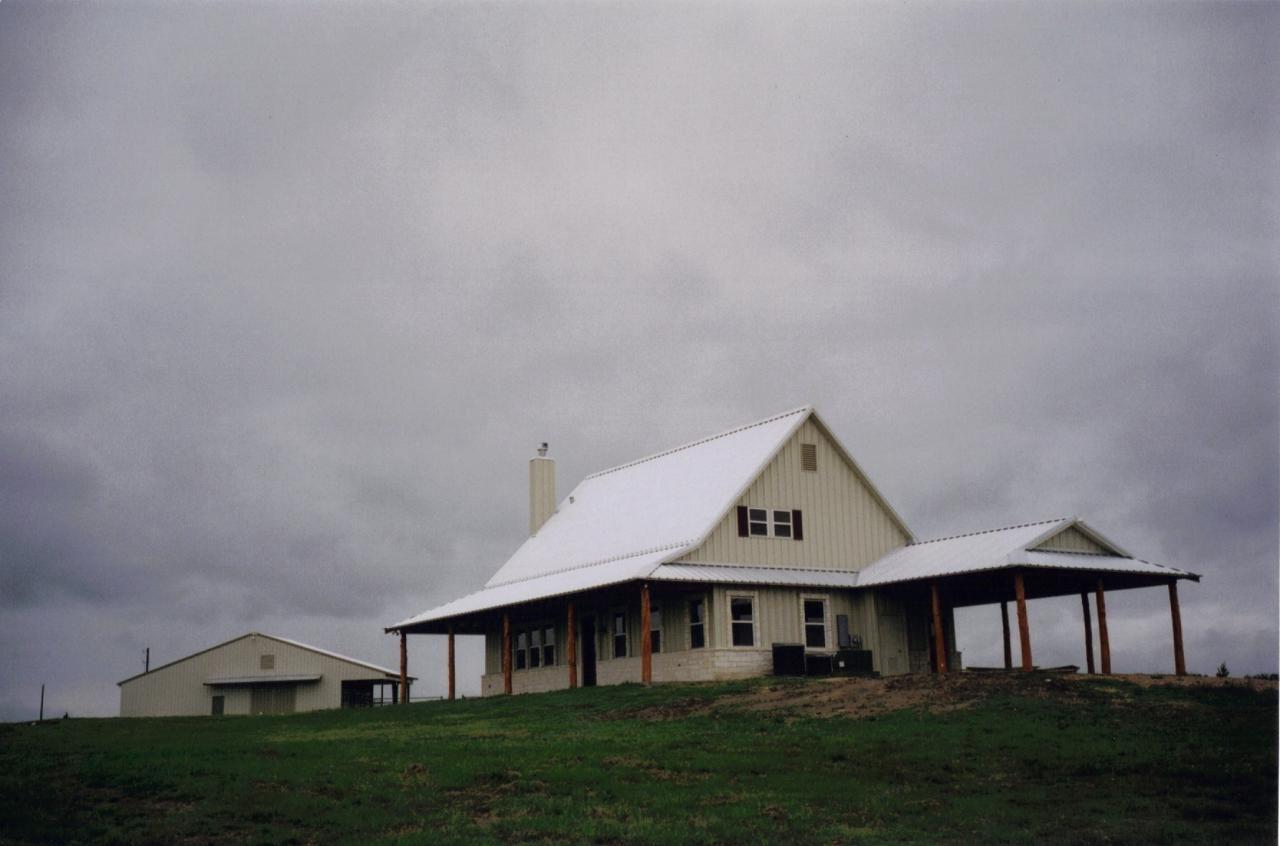 Simple Amp Practical Metal Building Farmhouse W Porch