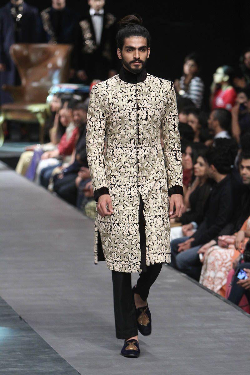 Manish malhotra lfw wf u indian couture stylish pinterest