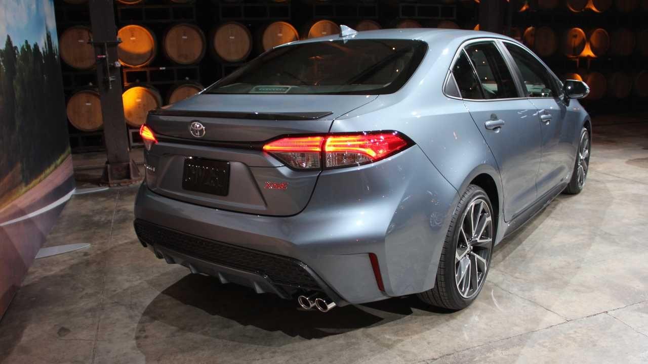 Toyota Xli 2020 Model Connect Release Date In 2020 Toyota Toyota Corolla Hatchback Lexus Gx