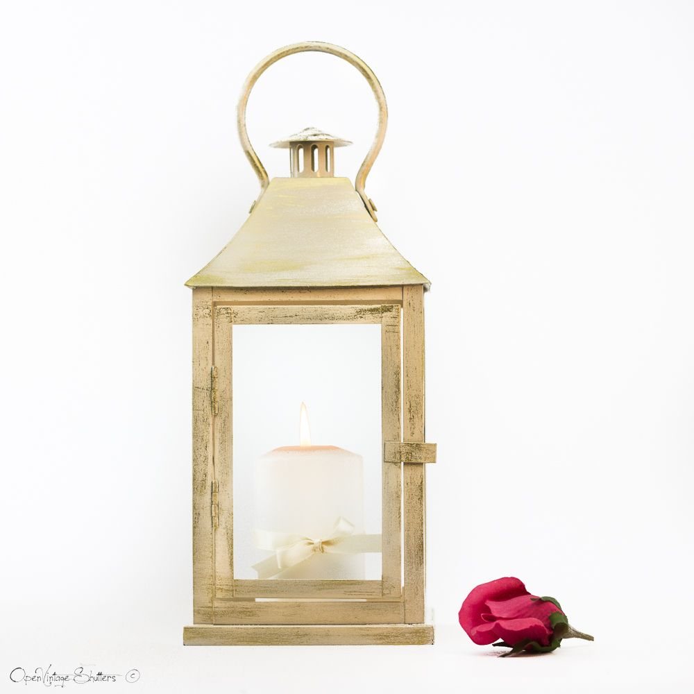 Champagne with Gold Lantern - Wedding Aisle Decoration | Weddings ...