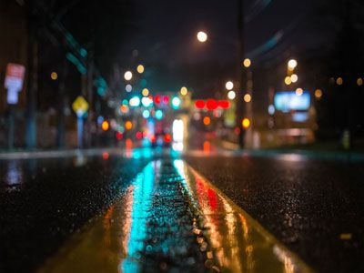 Road In The Dark City Wallpapers Road In The Dark City Hd Wallpapers Free Computer Desktop Hd Wallpapers Road In The Dark City Backgrounds