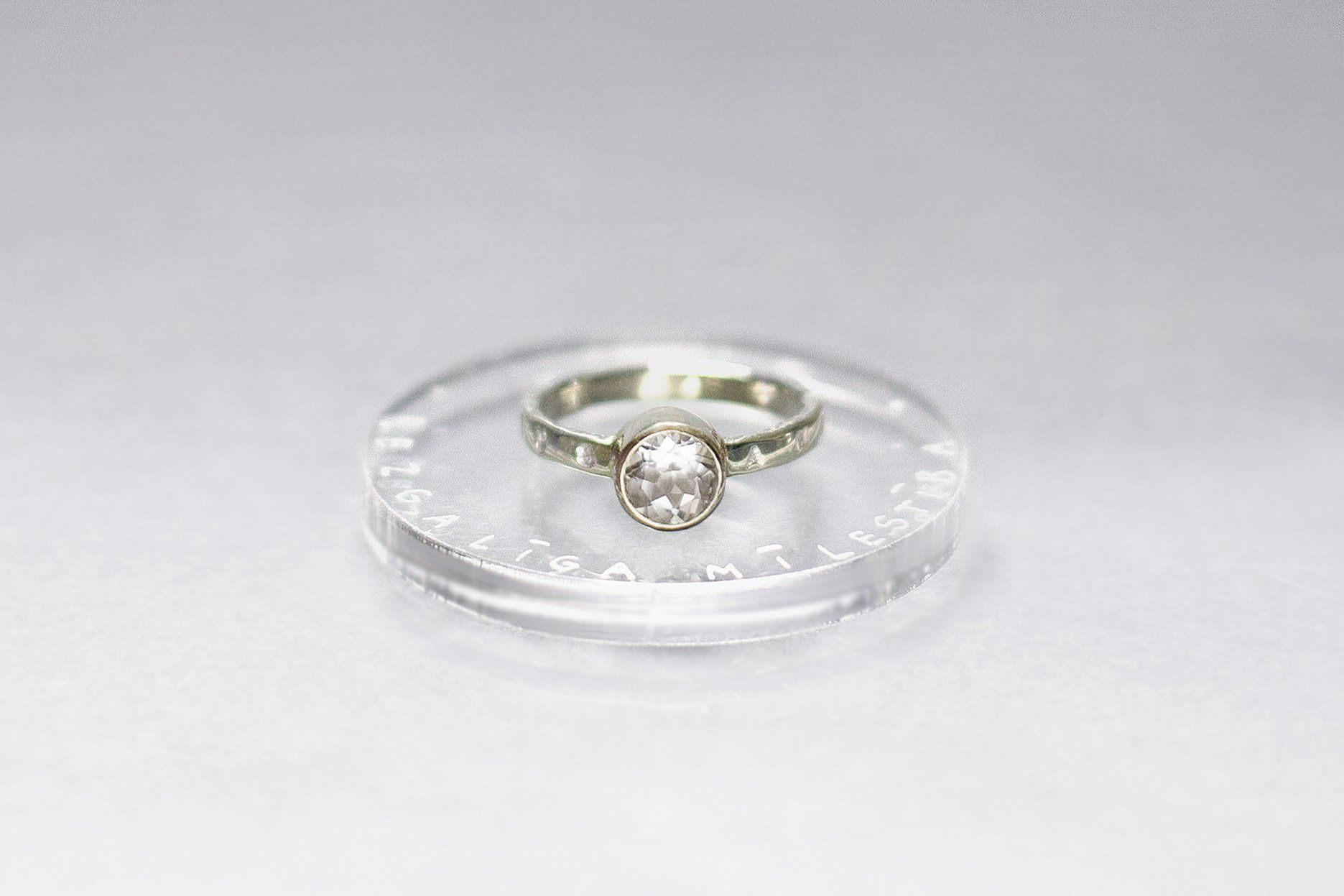 Electrum Ring With Rock Crystal And Inscription In Latin Rings Rock Crystal Electrum