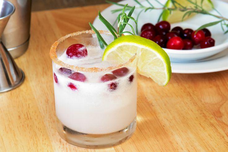 You'll Be Dreaming of This White Christmas Margarita #christmasmargarita