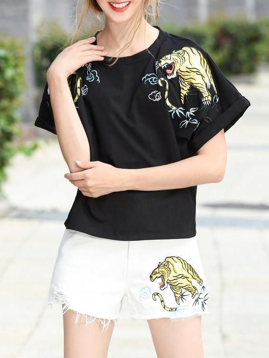 SheIn - SheIn Tiger Embroidered T-Shirt Top With Shorts - AdoreWe.com