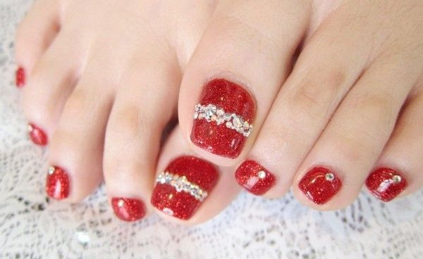 Cute Christmas Toe Nail Art Designs Jpg 600 368 Toe Nail Art Toenail Art Designs Toe Nail Designs