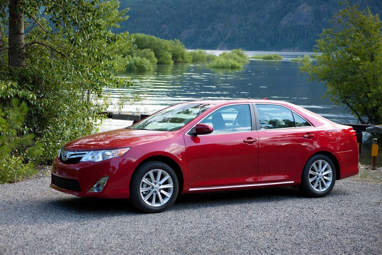 awesome 2012 Toyota Camry – Photos (38) Check more at http://www ...