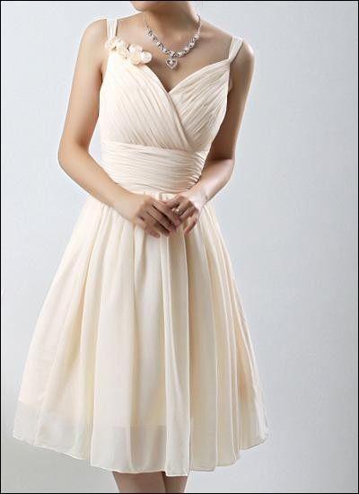 Pin von zip zirip auf 1206 | Pinterest | Brautkleid und Brautkleider