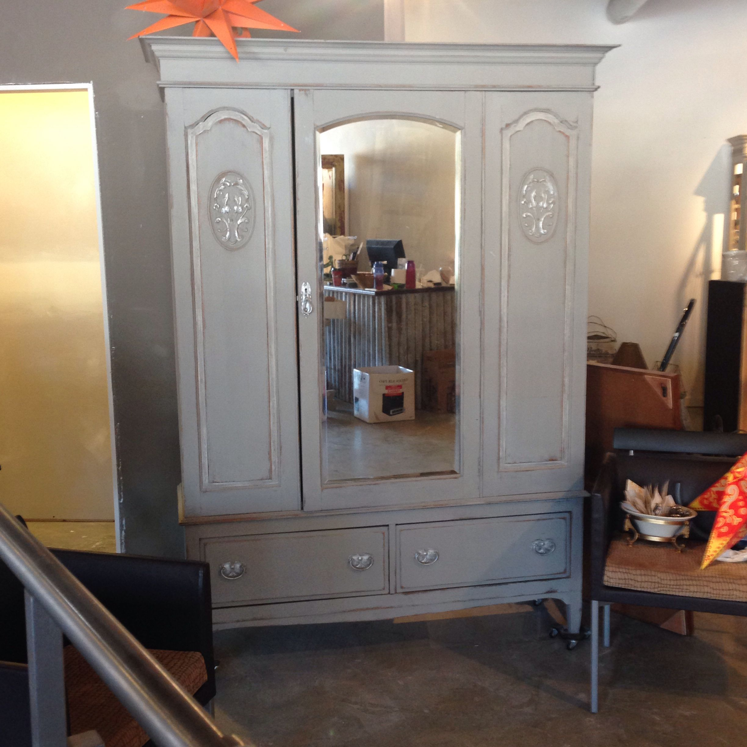 Armoire painted with FARMHOUSE PAINT! Best Paint on the market ...