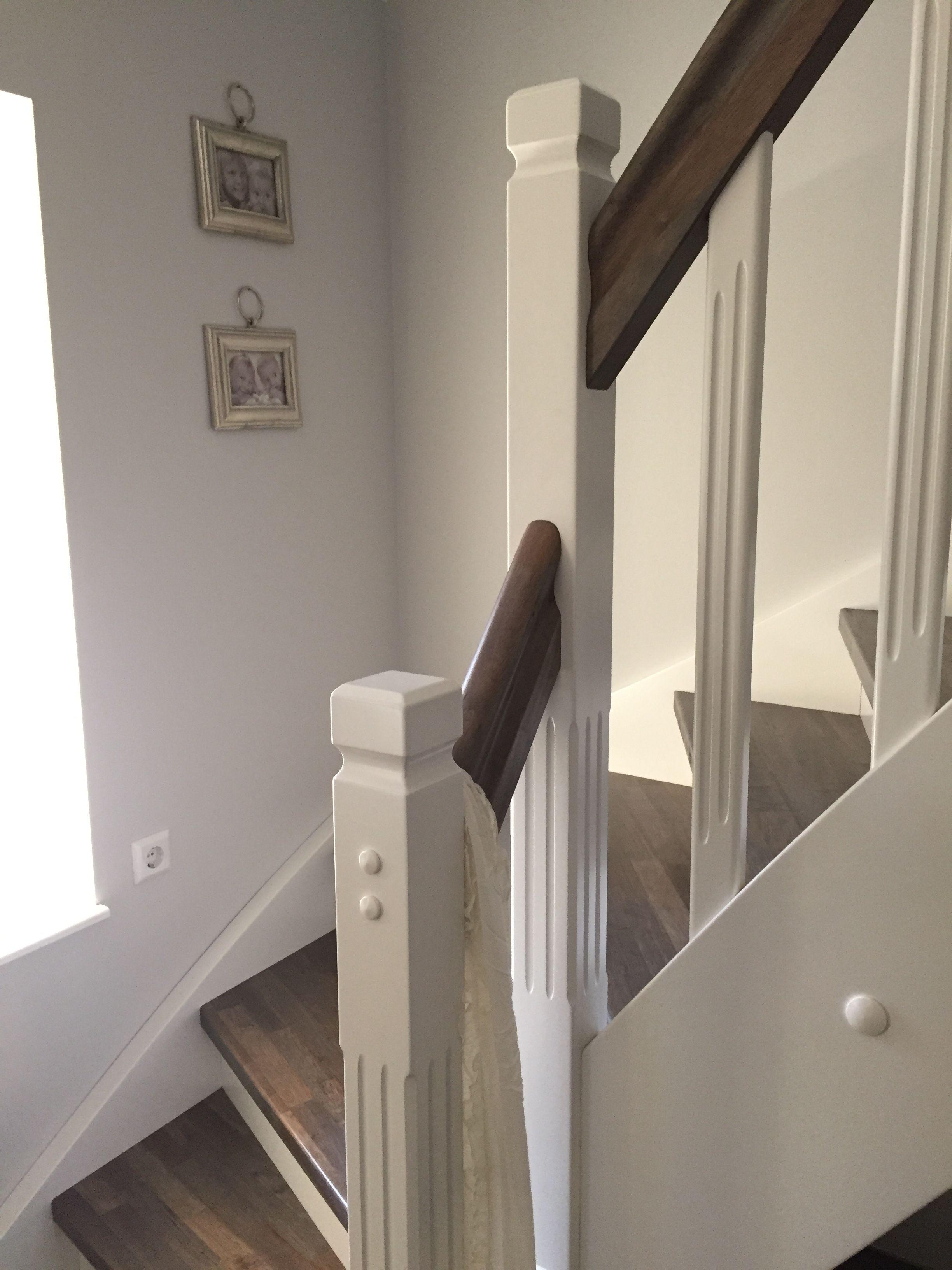 Schwedenhaus innen treppe  Wir wohnen in einem Schwedenhaus von Aladomo und ich liebe unsere ...