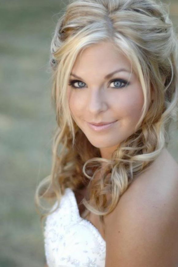 20 Medium Length Wedding Hairstyles Ideas | Wedding, Curly ...