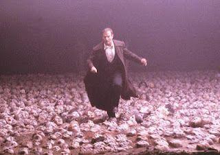 I Feel Like I M Alone In A Sea Of Faces What Dreams May Come What Dreams May Come Top Horror Movies Robin Williams