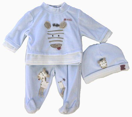 newborn boy baby grows