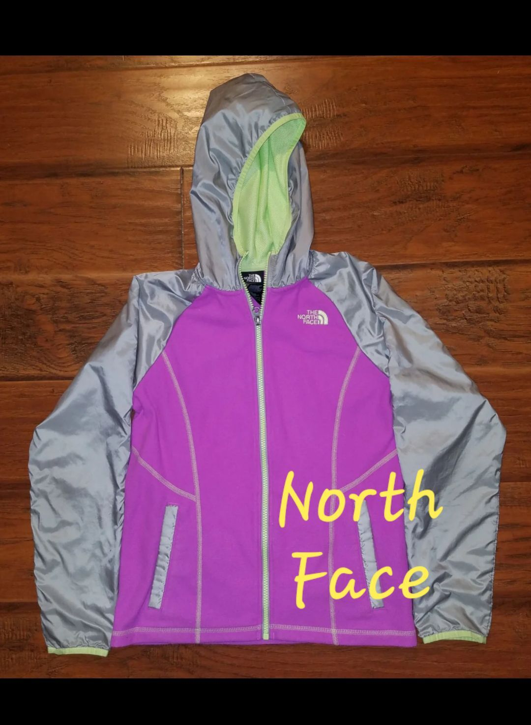 NWT GIRL/'S THE NORTH FACE REVERSIBLE MOSSBUD SWIRL JACKET SIZE MEDIUM $110 GREY