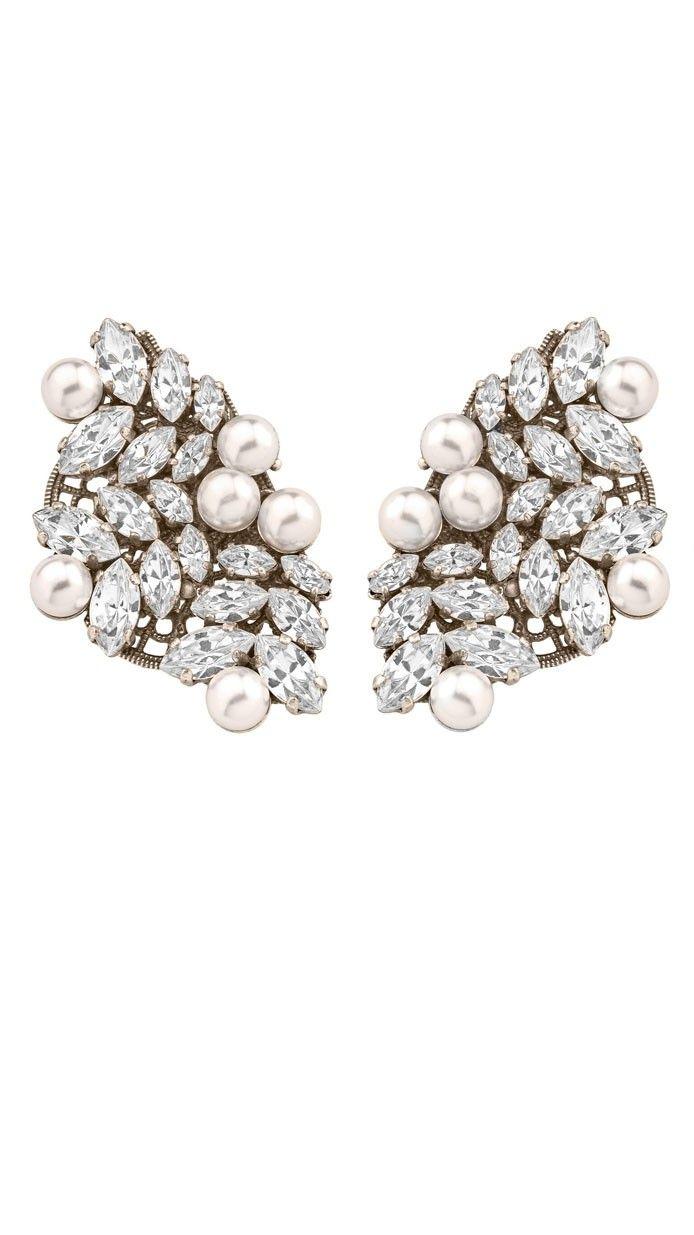 e581a762d0eb  joyeria -  pendientes cortos brillantes de  antonheunis para invitada o  novia disponibles para su alquiler en dresseos.com