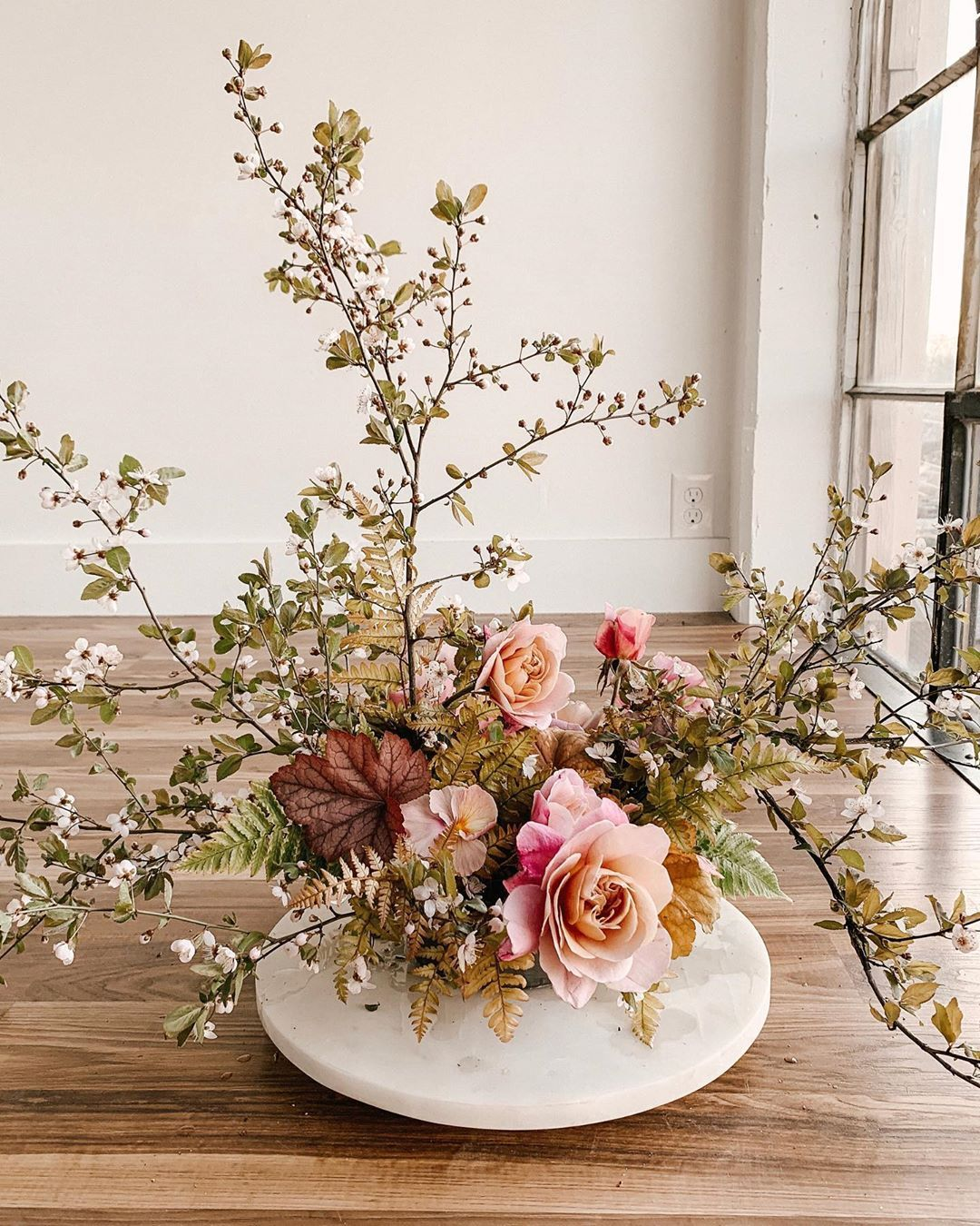 The Centerpiece Intensive Online Course Is Now Available For Pre Sale Save 50 And Receive An Exc Home Floral Arrangements Floral Decor Modern Wedding Flowers