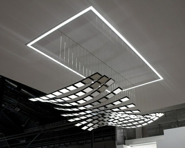Suspension luminaire oled nouvelle g n ration par selux for Luminaire design