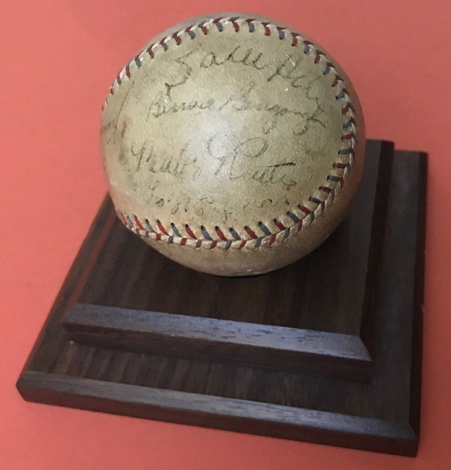 ebb6c04a8 1928-29 NY Yankees/Phila A's Multi-Signed Baseball w/Babe Ruth & 12 Others  - JSA