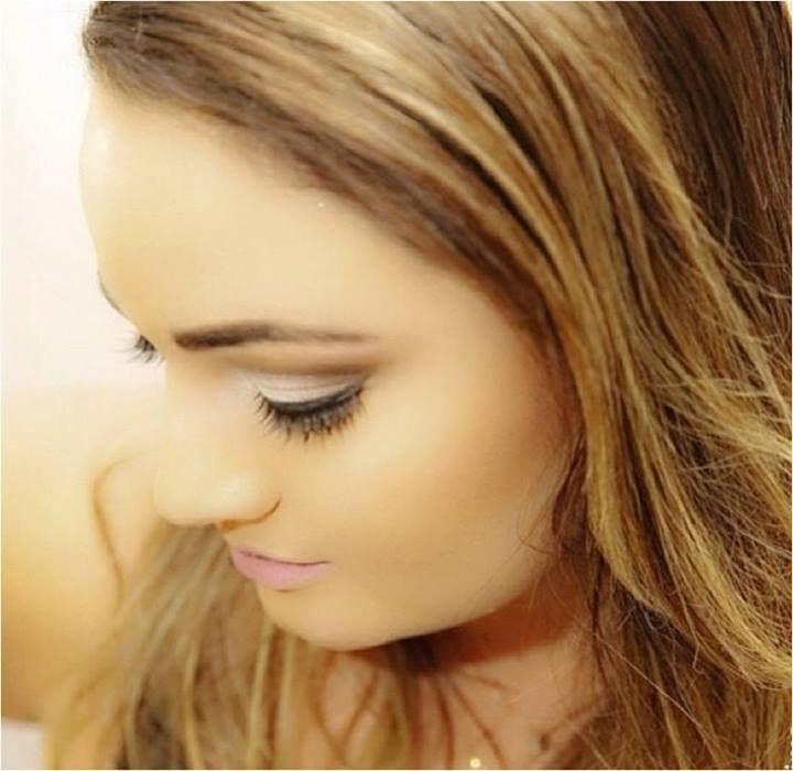 Maquiagem feita pelo Beauty Team da NYX Manauara com a Glam Shadow Wedding Cake e Soft Matte Lip Cream Sidney. A pele foi feita com a linha HD.