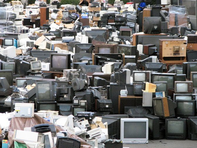 Turning E Waste Into Projected Star Maps E Waste Recycling Electronic Waste Electronic Waste Recycling