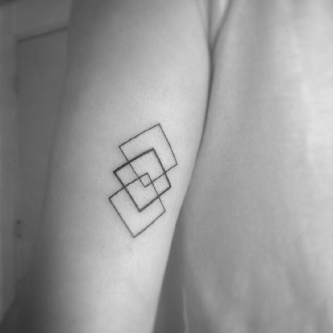70 incredible geometric tattoos to get an amazing new look 70 incredible geometric tattoos to get an amazing new look ccuart Image collections