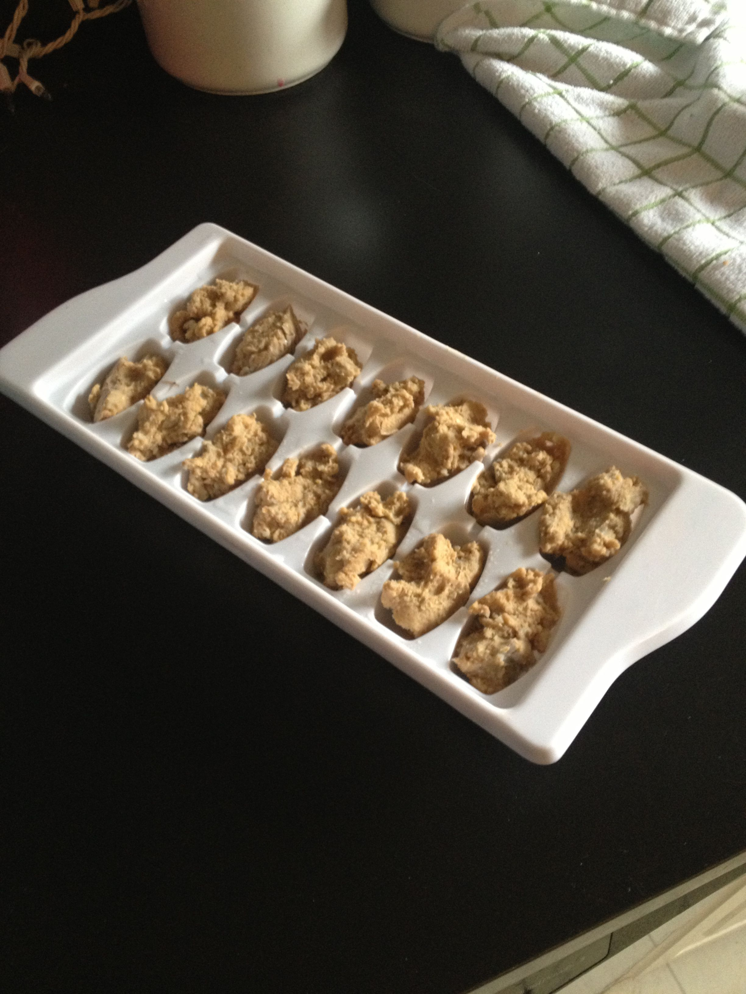 Diabetic dog treats easy way out place small dollops of diabetic dog treats easy way out place small dollops of prescription canned food forumfinder Images