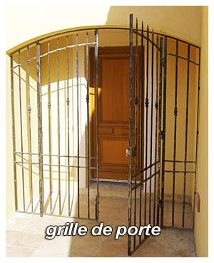 grille de protection porte d entree cuisine grilles de portes anciennes grille de d fense. Black Bedroom Furniture Sets. Home Design Ideas