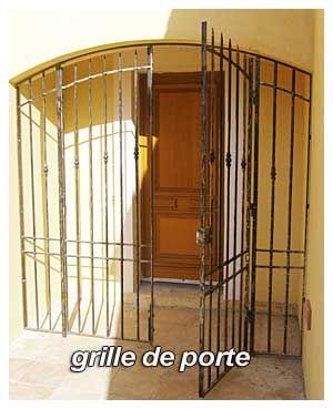 Nos mod les de grilles de portes et de fenetres en fer forg idees grilles de porte for Porte et fenetre en fer