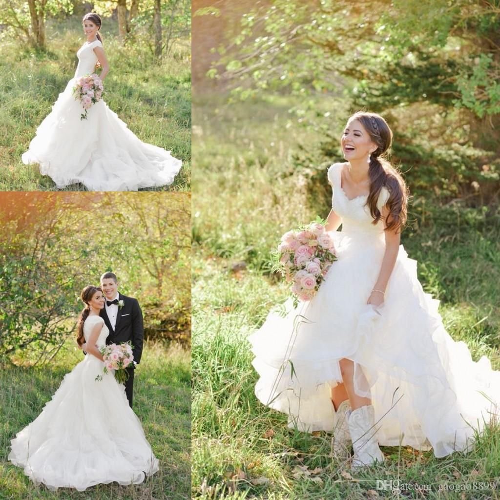 Modest Cowboy Boots Country Wedding Dresses With Cap Sleeves 2016 V Neck Ruffles Tiered Skirt A Line Lace Organza Gowns
