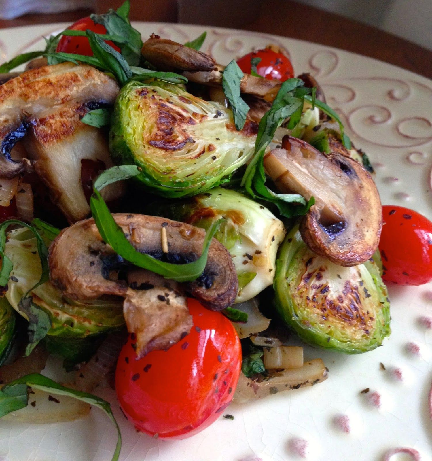 glutenfreehappytummy: Brussels Sprouts Italiano! GF, V, SCD, BED, & Paleo!