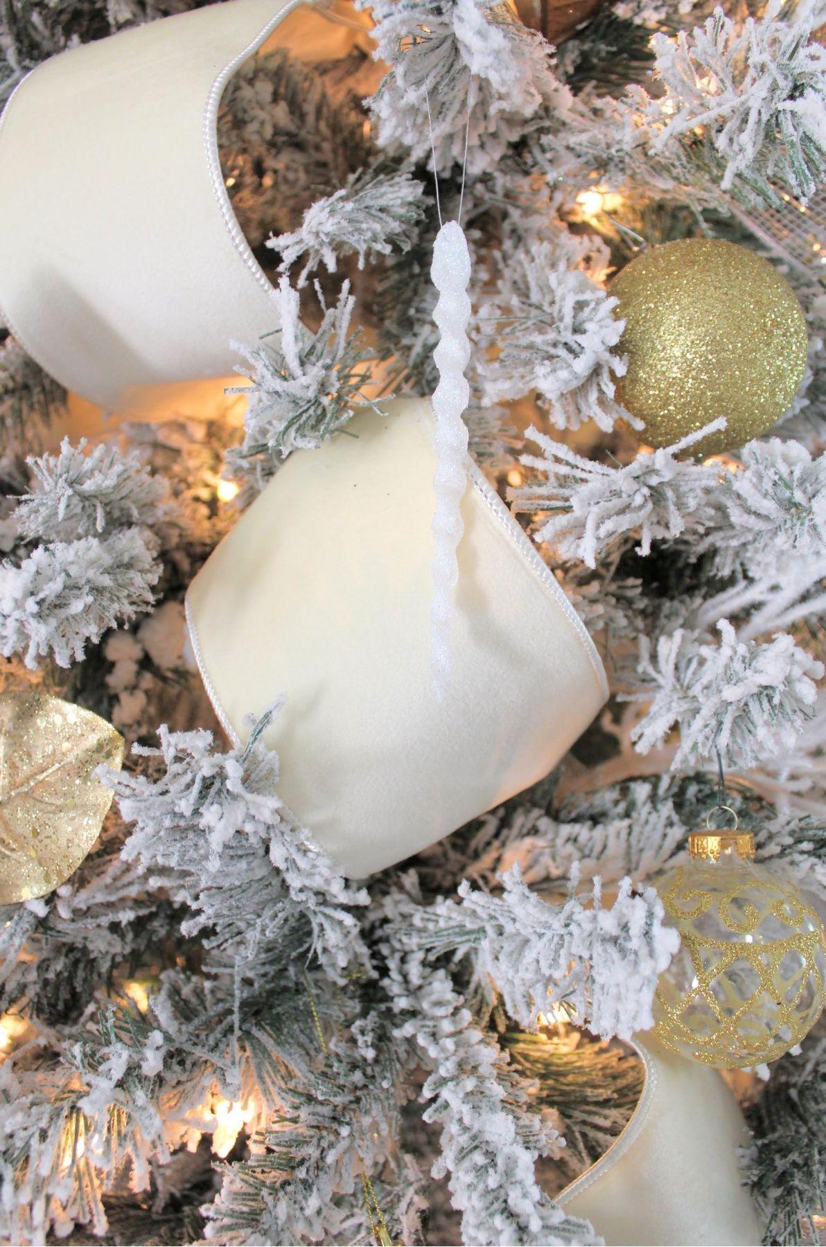 Southern Glam Christmas Decor
