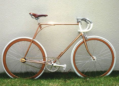 Woah Somebody Got Rid Of The Seat Tube Single Speed Vintage Bicycles Combo Designcombo Singlespeed Bicycle Bicycle Beautiful Bike