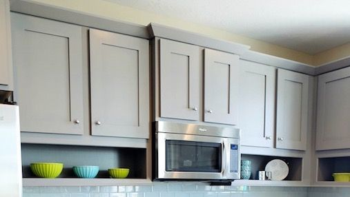 Shaker Cabinet Crown Molding Villa Kitchen In 2019 Crown
