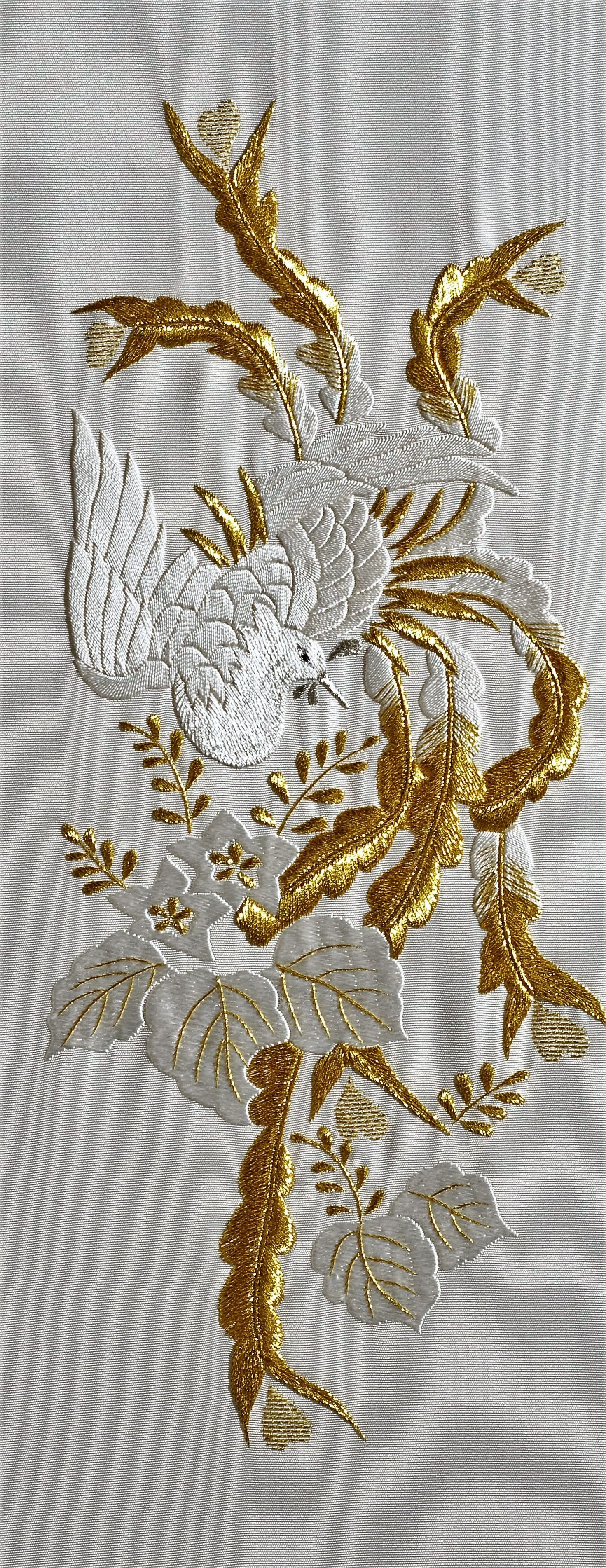 10+ Enchanting Ribbon Embroidery Flowers by Hand Ideas   Hand ...