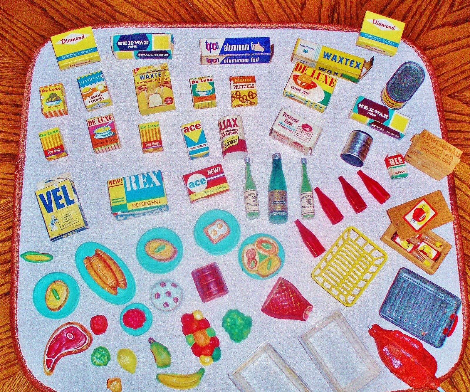 DELUXE READING KITCHEN GOODIES Vintage 1960's....have The